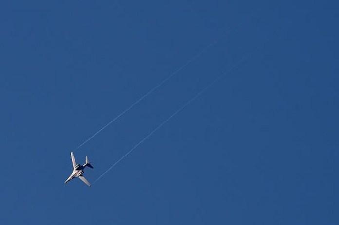 A US Air Force B-1B seen over Kobane.