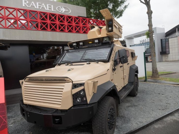 The Sandcat displayed at Rafael's booth, carrying the Samson weapon station. Photo - Noam Eshel, Defense-Update