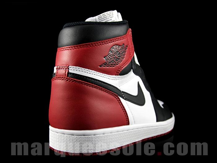Air Jordan 1 Retro High OG Black Toe 10
