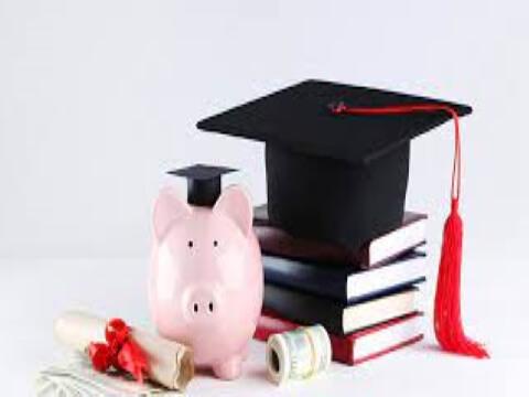 Scholarships in America