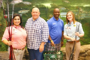 (From L) Cynthia Nunez, Customer Service-Branson Landing Bass Pro Shops, KAA Director of Support Operations Dave Janke, KAA 3 Director Ricky Jimmerson and General Manager of Branson Landing Bass Pro Shops Stephanie Degase,
