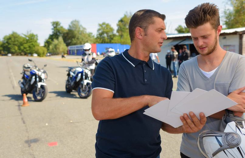 Avid Motorcyclists To Become Ridercoach