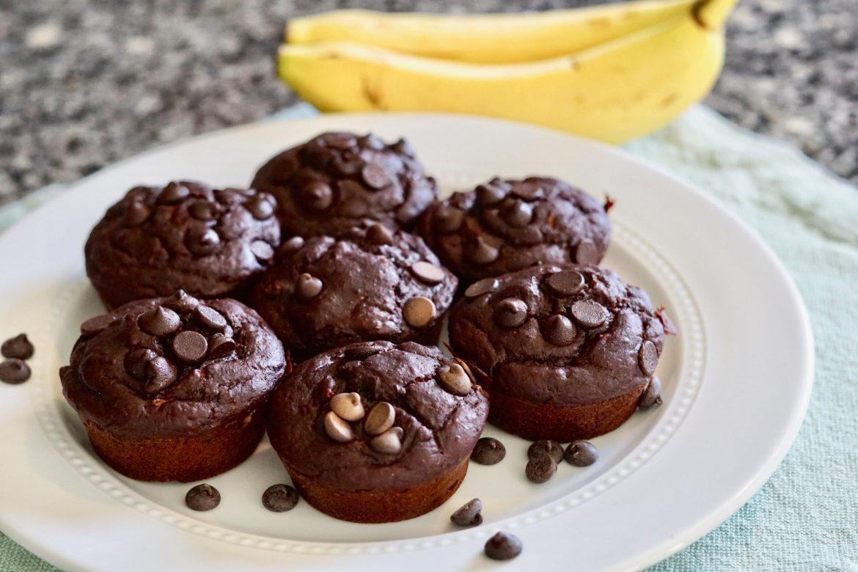 Double Chocolate Banana Muffins, Deidra Mangus, healthy dessert recipe, banana recipe, greek yogurt, soy free dairy free chocolate chips, Almond flour, raw honey, cocoa powder, weight loss dessert recipes