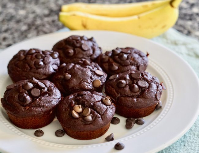 Double Chocolate Banana Muffins, Deidra Mangus, healthy dessert recipe, banana recipe, greek yogurt, soy free dairy free chocolate chips, Almond flour, raw honey, cocoa powder, weight loss dessert recipes