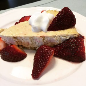 healthy cheesecake recipe, high protein cheesecake, skinny girl cheesecake, deidra Penrose, healthy dessert recipes, top beachbody coach PA, healthy mom ideas, strawberry cheesecake, fitness motivation, clean eating recipes, clean eating tips, fitness accountability, weight loss journey, NPC figure competitor