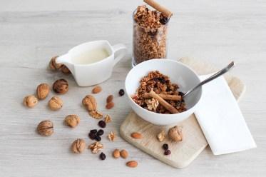vegan-knuspermuesli-breakfast-homemade-4