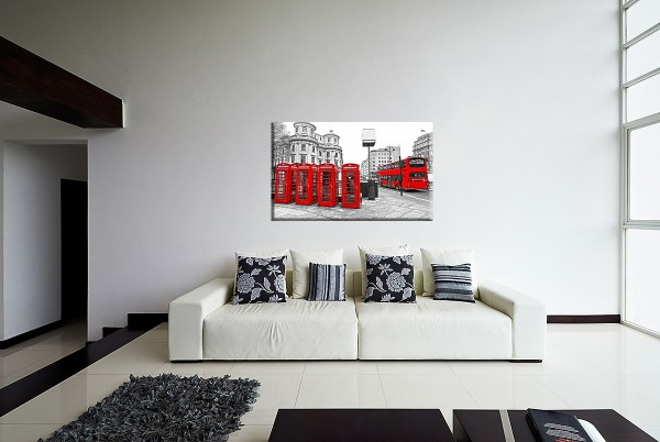 DB_1547_Rote_Telefonzellen_und_roter_Bus_in_London_Couch 4