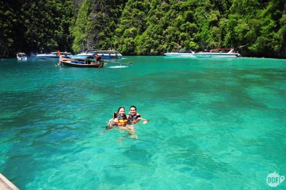 maya-bay-koh-phi-phi-thailand