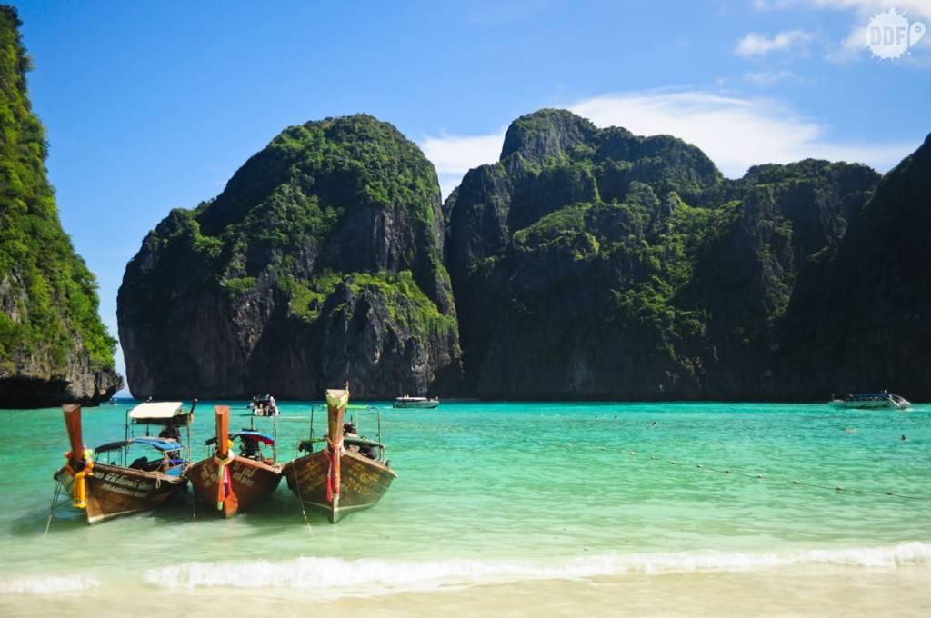 """Uma das praias mais bonitas que conhecemos. Aqui foi gravado o filme """"A Praia"""" com Leonardo Di Caprio. Maya Bay, Koh Phi Phi - Tailândia"""
