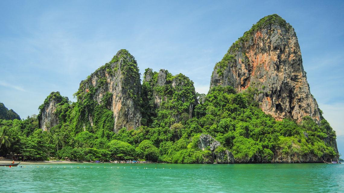 Quanto custa viajar para a Tailândia? Railay beach, a praia mais bonita