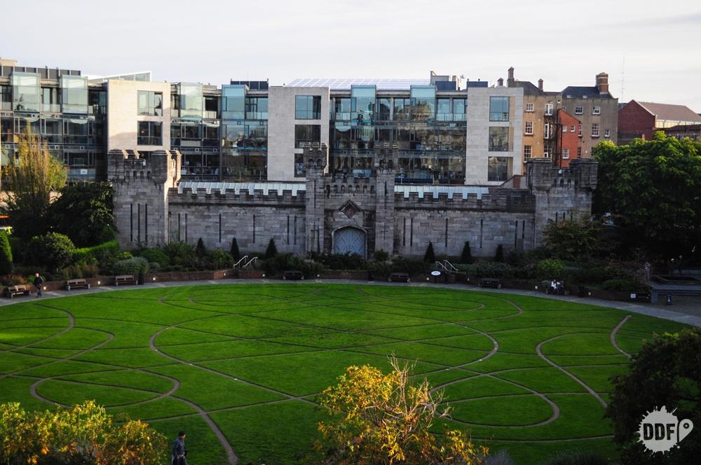 dublin-castle-castelo-jardim-irlanda-europa