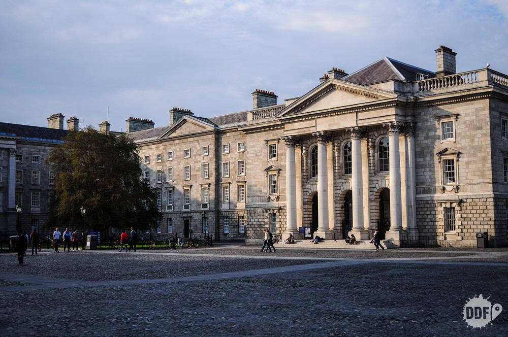 dublin-irlanda-europa-trinity-college-campus
