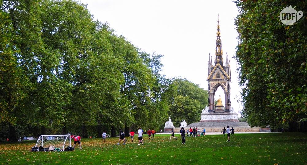 Londres-parque-real-hyde-park-gratis-futebol-outono-inglaterra