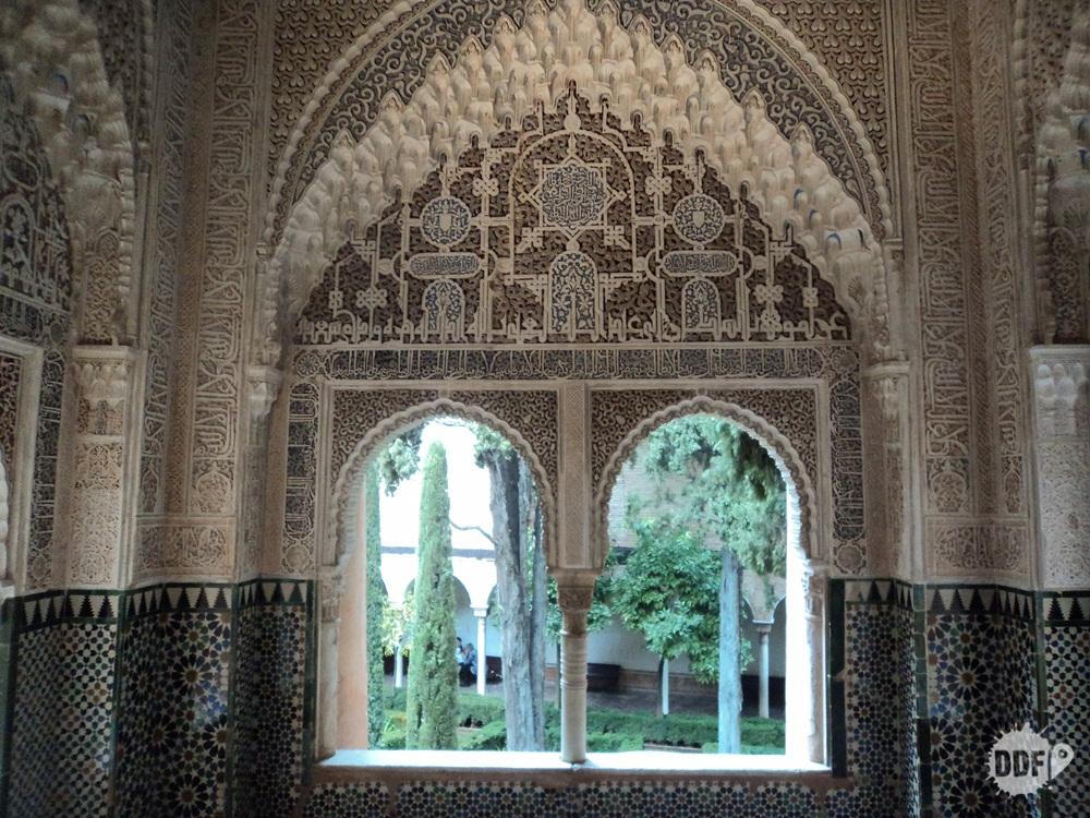 alhambra-palacio-casa-real-cristiana-janela-monumento-visita-granada-viagem-espanha