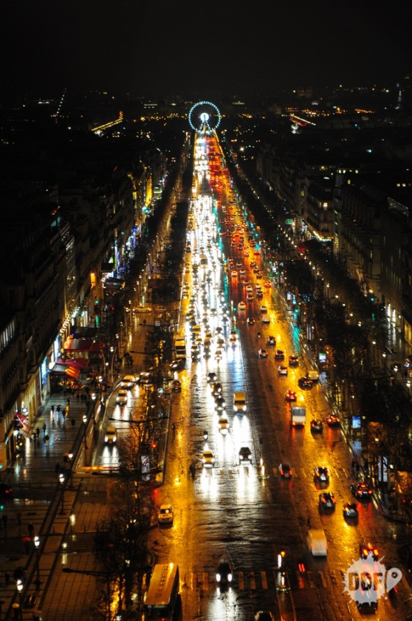 arco-do-triunfo-vista-topo-champs-elysee-paris-franca