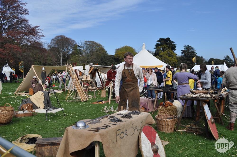 batalha-clontarf-battle-festival-evento-milenio-medieval-vikings-tendas-dublin-irlanda