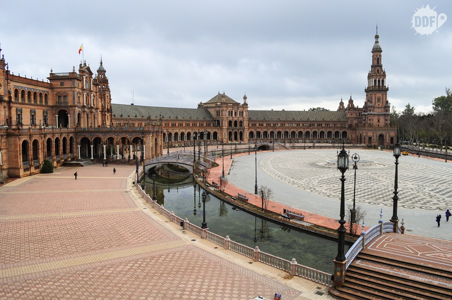 Plaza de España, um dos locais mais bonitos de Sevilha