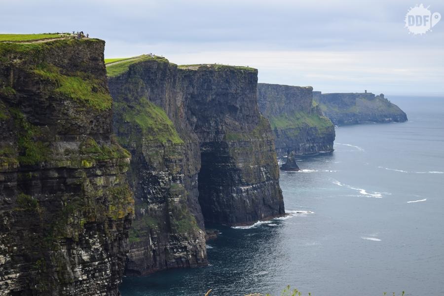 Penhascos do Cliffs of Moher, Irlanda