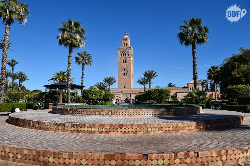 La Koutoubia jardins mesquita medina marrakech marrocos viagem férias turismo
