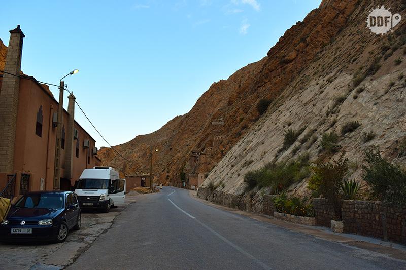 marrocos-marrakech-viagem-mochilao-passeio-tour-saara-parada