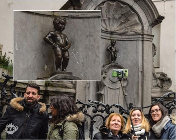 belgica-bruxelas-manneken-piss-estatua-selfies-pontos-turisticos-turismo-europa