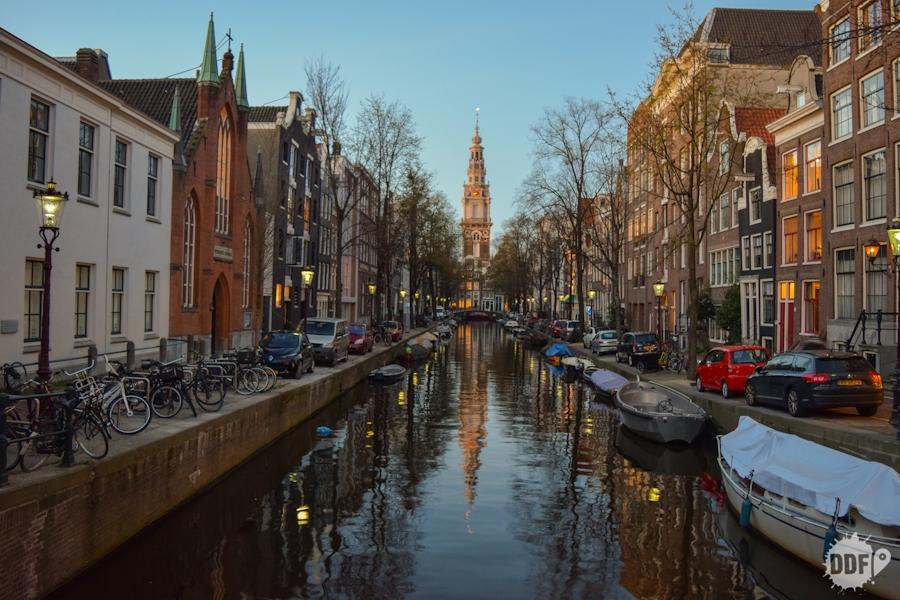 holanda-amsterdam-foto-europa-barcos-canais-paisagem-noite