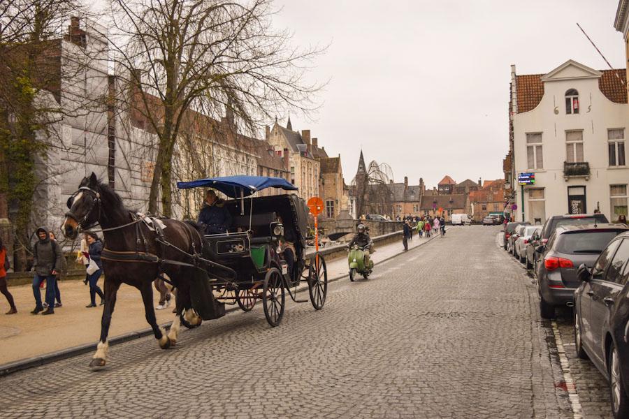 Bruges cidade de conto de fadas Belgica centro historico viagem ferias Europa