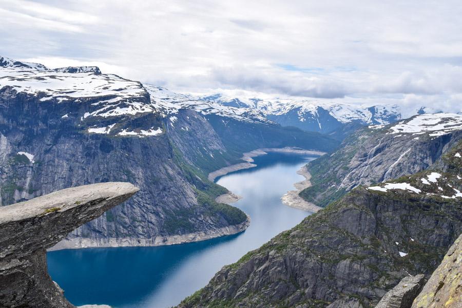 Trilha para a Trolltunga na Noruega 4