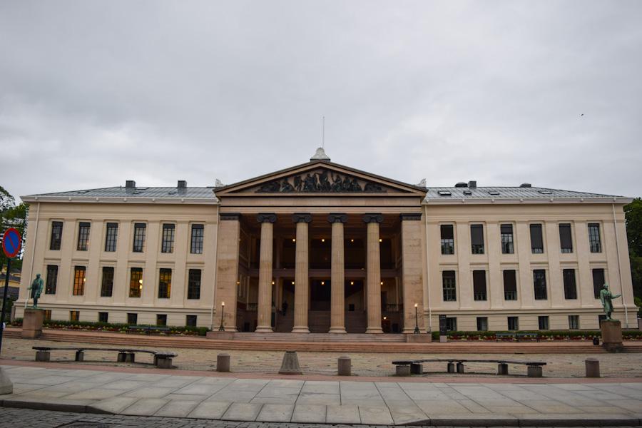 oslo noruega universidade karl johans gate
