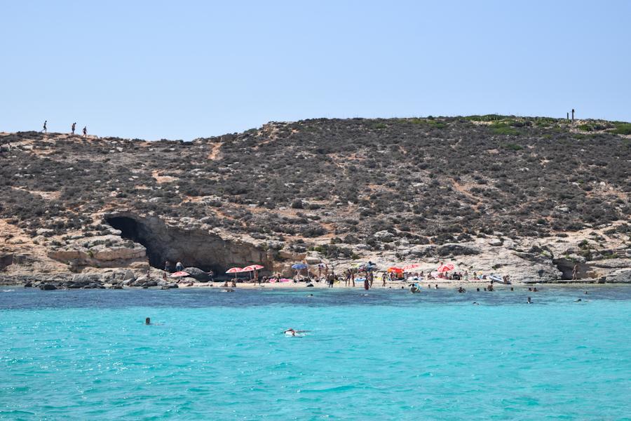 Blue lagoon em Comino na ilha de Malta praias 2