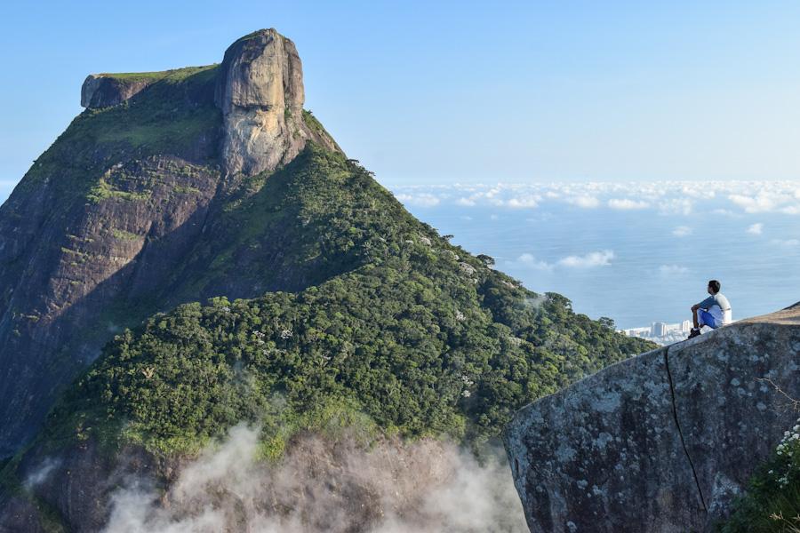 Trilha da Pedra Bonita no Rio de Janeiro de frente para a pedra da gavea