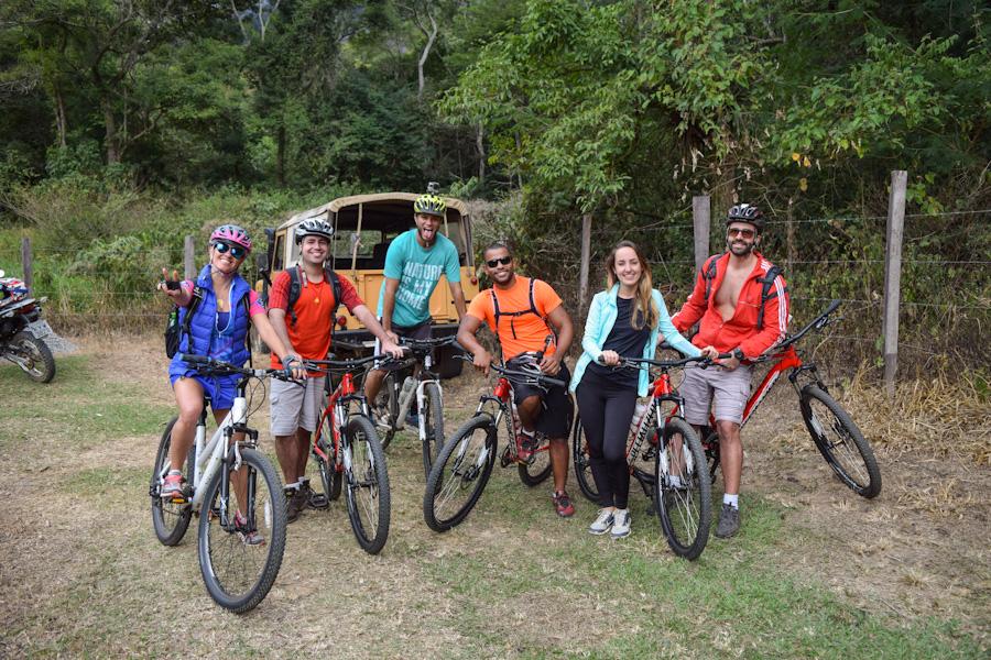 Encontro imperial petropolis bicicleta galpao caipira