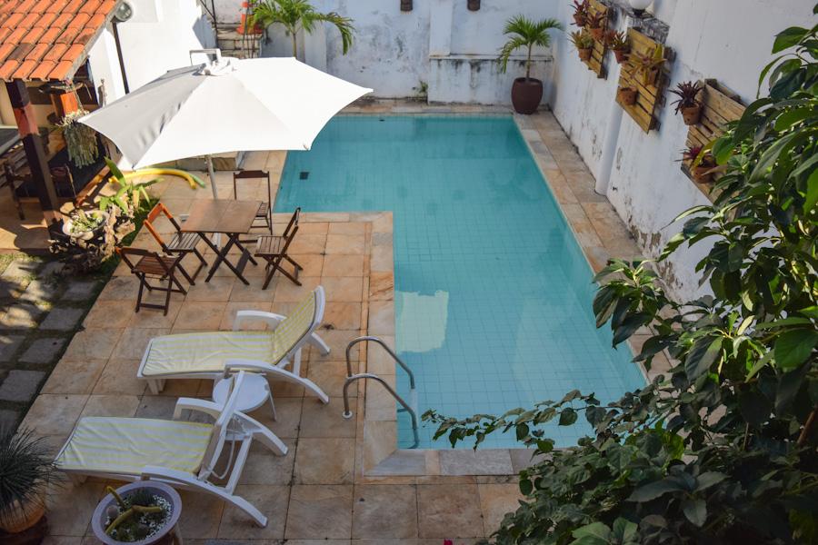 Niteroi-itacoatiara-itaquatiara-onde-ficar-hostel-itaquahouse-piscina