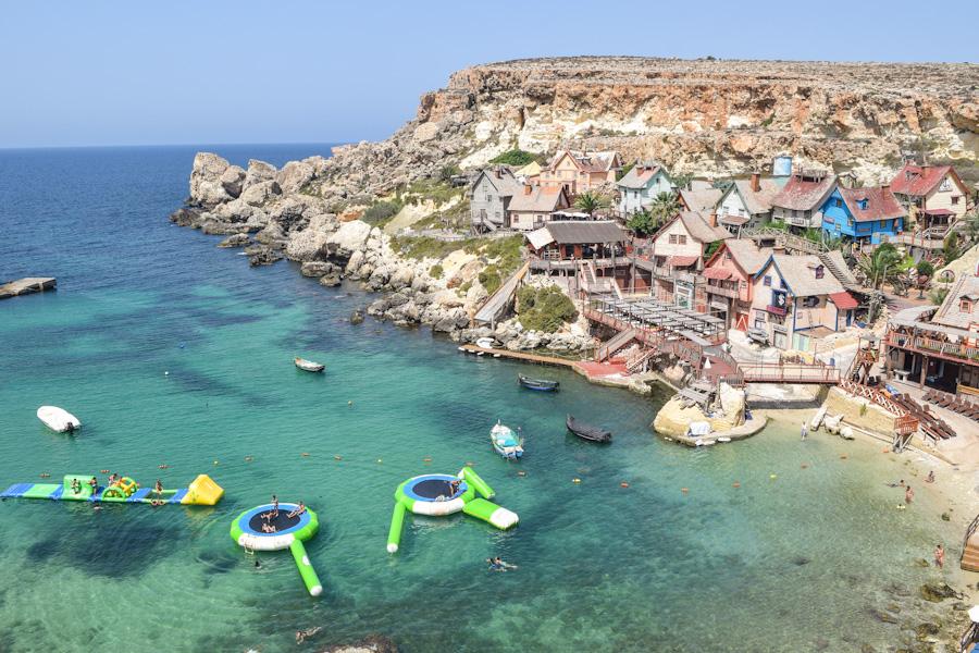 melhores praias de malta vila do popeye