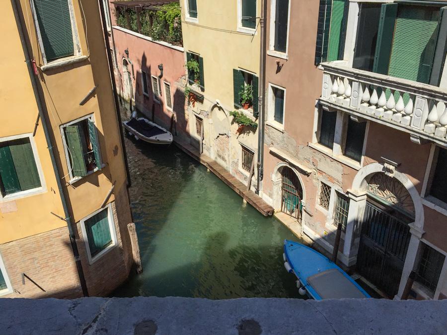 veneza canais passeio de gondola italia férias viagem