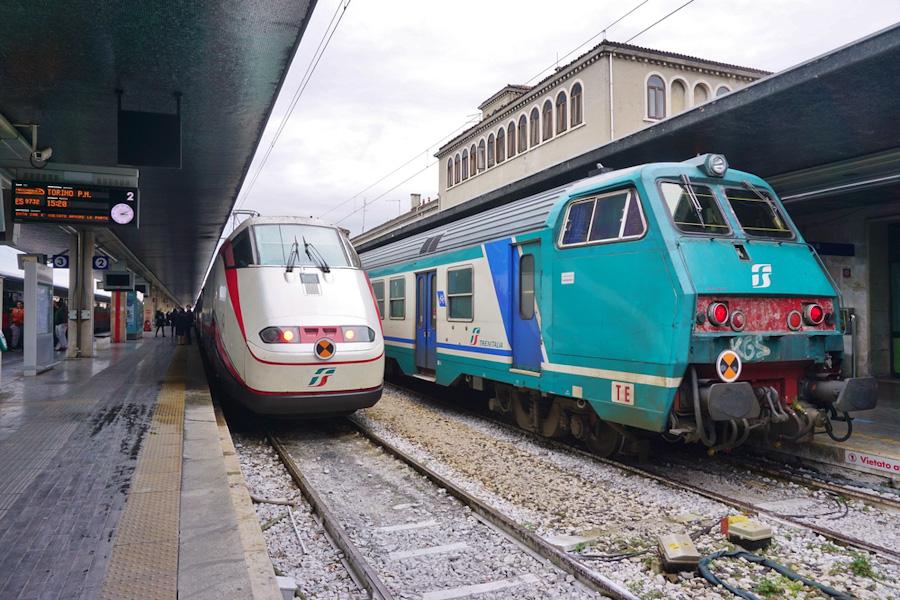 veneza mestre trem estacao santa lucia