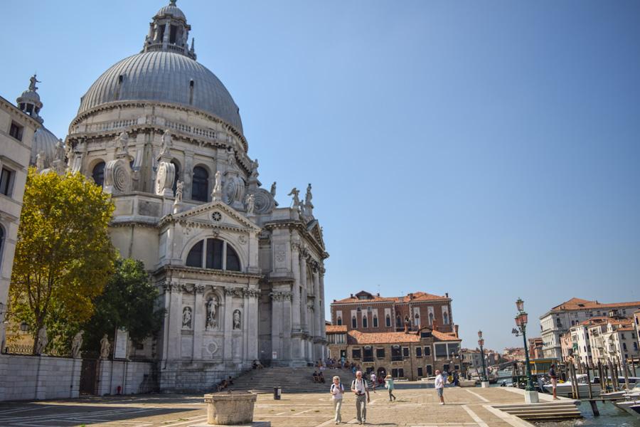 veneza pontos turisticos basilica santa maria della sallute punta della dogana