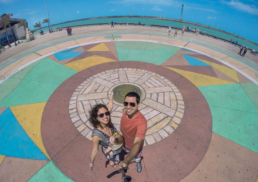 o que fazer no recife passeio pelo cais do porto, praça do marco zero e letreiro Recife