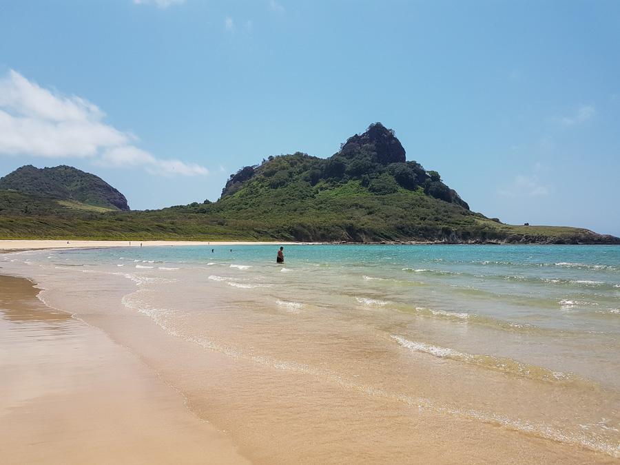praia do sudeste fernando de noronha