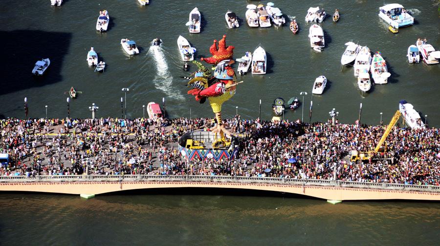 motivos para visitar recife galo da madrugada carnaval