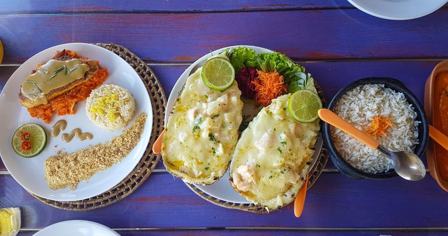 joao restaurante praia de maracaipe em porto de galinhas pernambuco