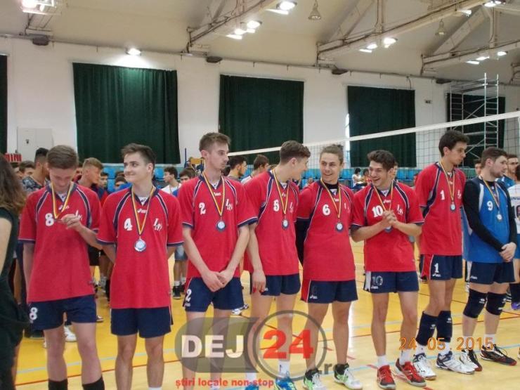 LAPI Dej campioana turneu final juniori (2)