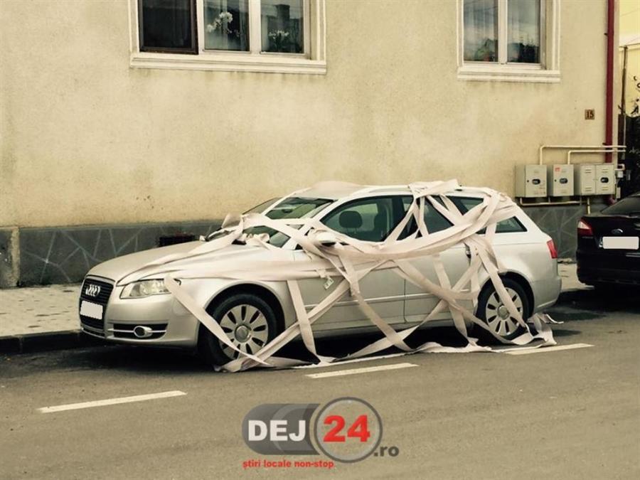 gluma proasta dej masina dejean parcare