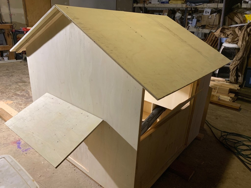 Duck house construction
