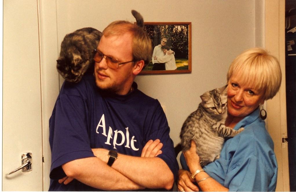 David, Mum, cats