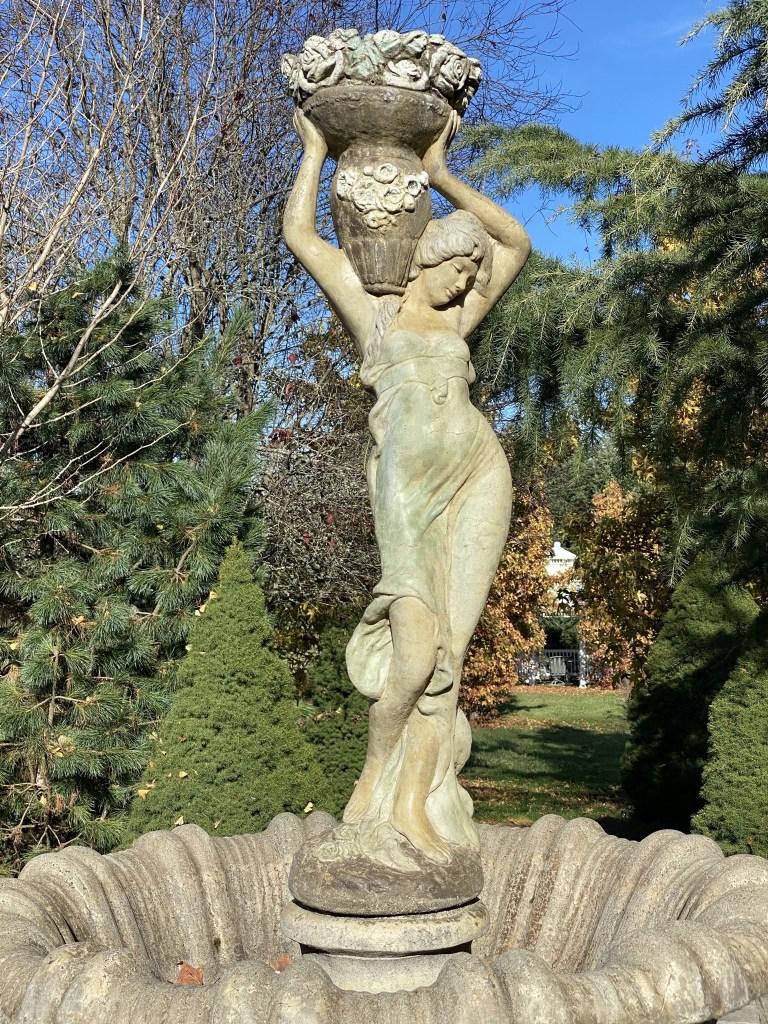 Flowergirl fountain statue