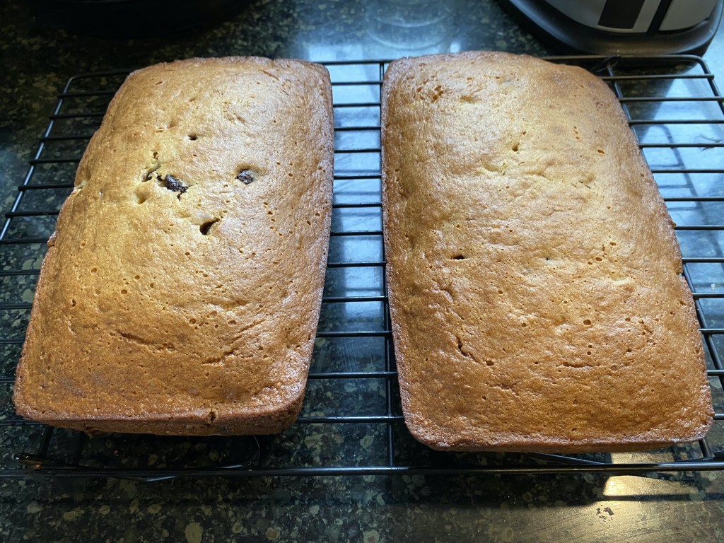 Banana bread cooling
