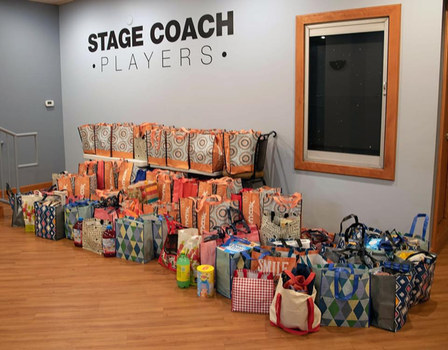 STAGE COACH PLAYERS PROVIDES 114 THANKSGIVING DINNERS TO LOCAL FAMILIES