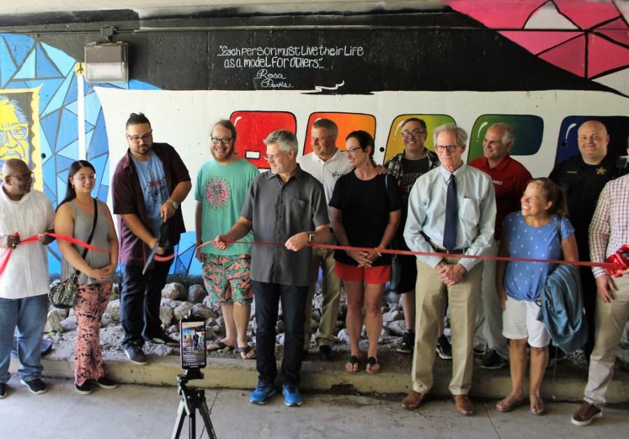 Community Set To Paint New Mural in DeKalb