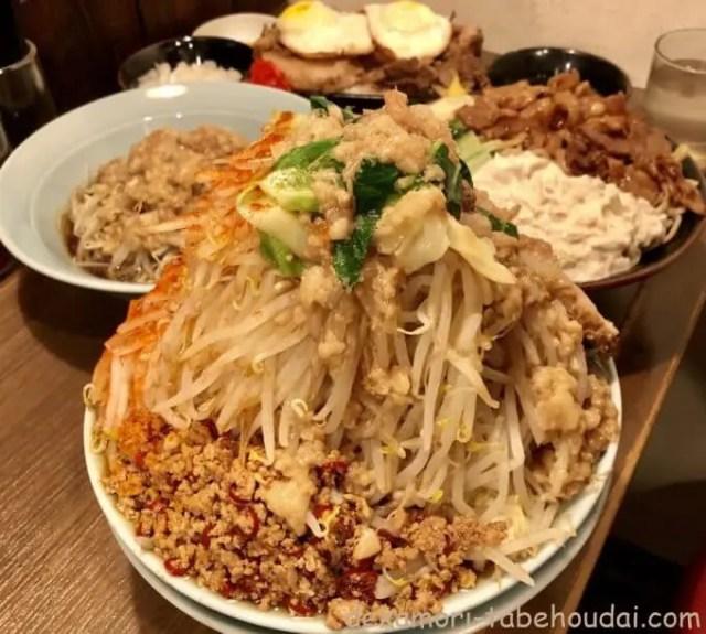 立川マシマシ栄住吉店大汁なし麺もやしサラダすごい冷やし中華チャーシュー卵丼